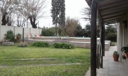 011 - CASA - QUINTA Bº LA RURAL (OPCIONAL TERRENO CONTIGUO DE 10 X 30)