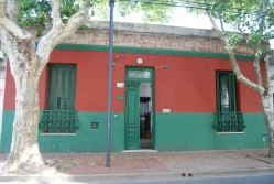 020 - CASA CENTRO. ESTUDIO/INSTITUTO/CONSULTORIOS/OFICINAS