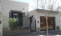 006 - CASA. PRUDENCIO GONZALEZ AL 600